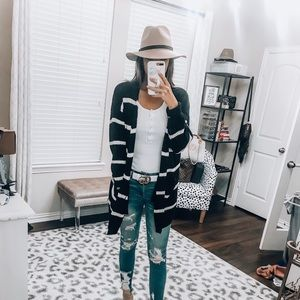 Sweaters - Black and white striped cardigan